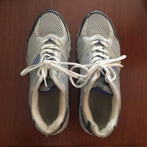 Champion C9 men's athletic shoes